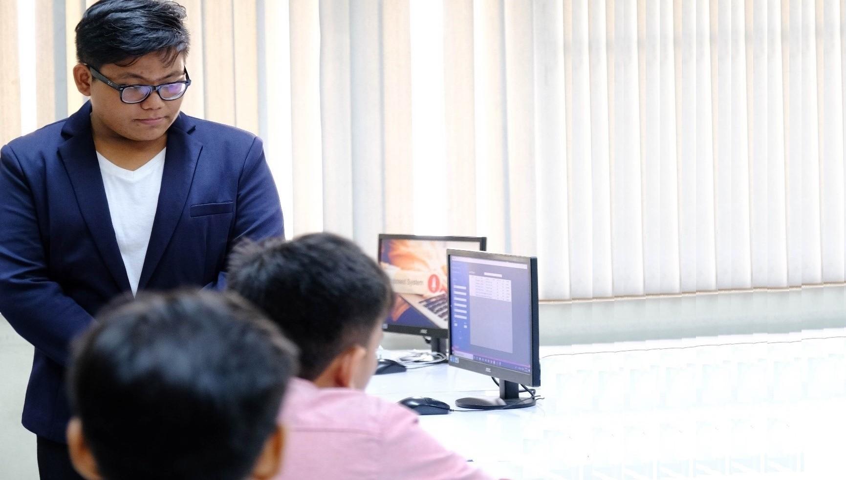 ERNI Social Project scholars completes IT Education training