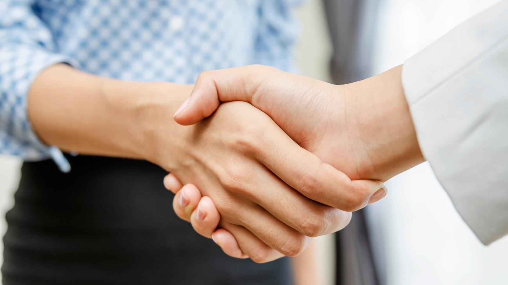 Typical at ERNI Handshake